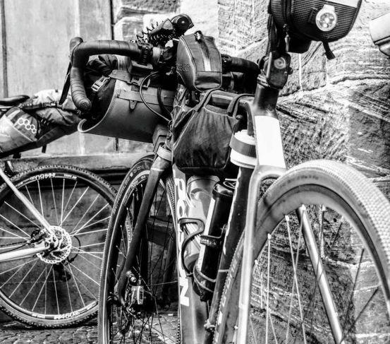 Ein Gravelbike oder Cyclocrosser ist wahrscheinlich der beste Ansatz. © Fotograf: Ryan Davis