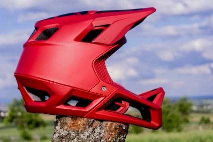 Der Proframe Helm.