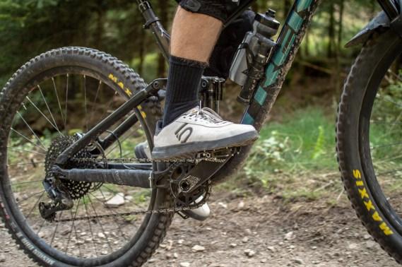 Die Beweglichkeit im Sprunggelenk wird durch den Sleuth DLX nicht eingeschränkt