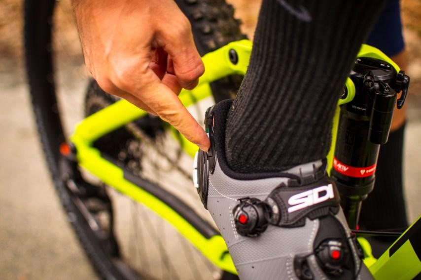 """Der """"Adjustable Heel Retention Device"""" sorgt für optimalen Sitz der Ferse im Schuh"""