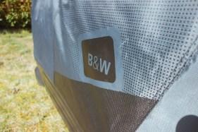 Logo von B&W auf der Fahrradtasche