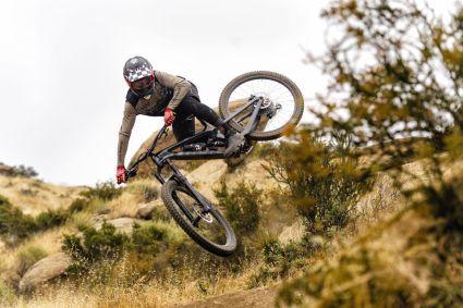 Vollgefederte Bikes bieten viel Komfort wenn es wild wird.
