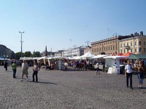 plaza-del-mercado-helsinki-finlandia-1302240638-g