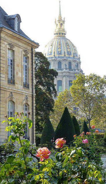 17264714_578362159027766_4795039921609627034_nThe Rodin Museum in Paris