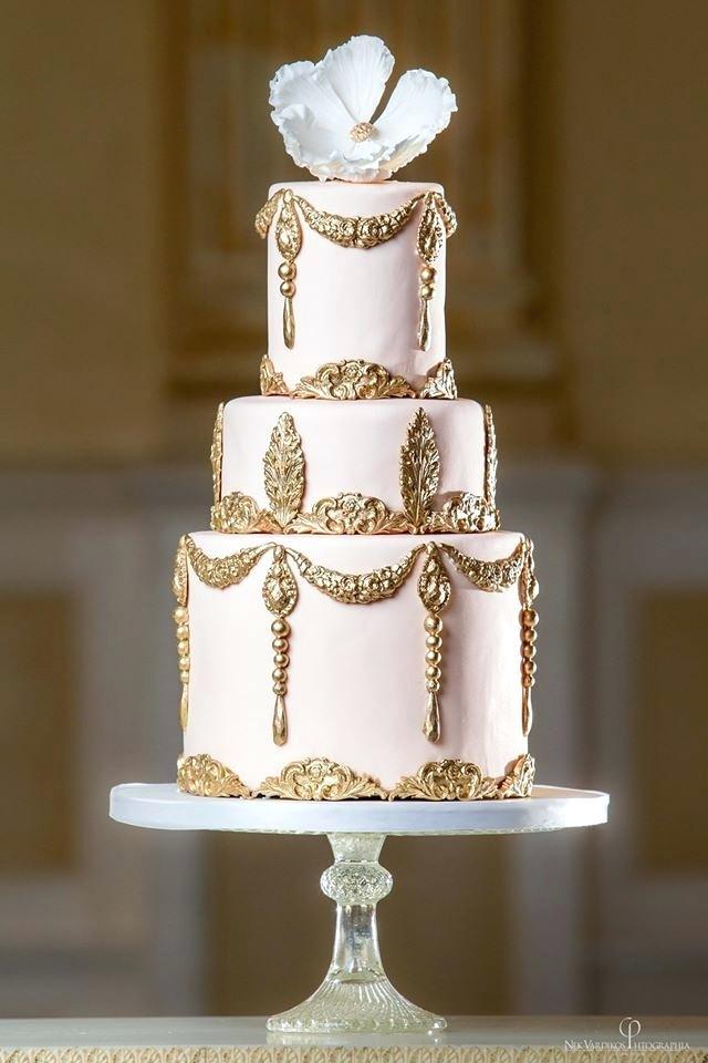 gold-wedding-cake-elegant-blush-and-gold-wedding-cake-gold-wedding-cake-stand-16