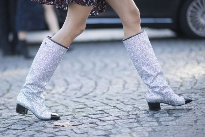 trends-that-are-in-glitter-shoes-1510872319