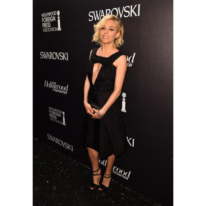 sienna-miller-black-dress-800 (1)