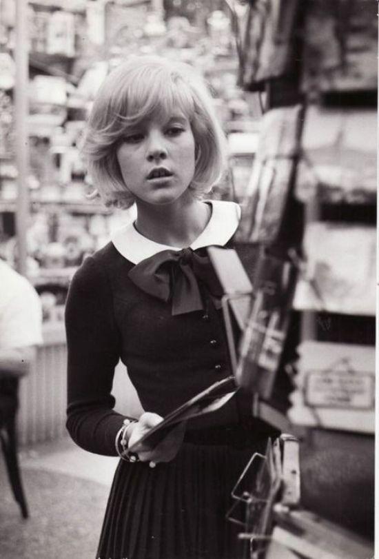 Enfim gente, o objetivo do post foi trazer um pouco sobre a história da moda  de 1960 a 1970. Procurei fazer uma coletânia para que você possa ter uma  ideia. 87558db96e