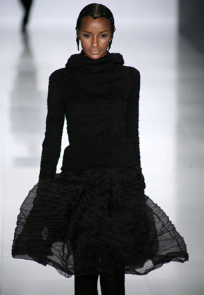 Adorei esse vestido do Lino Villaventura