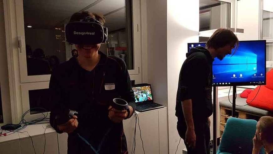 VR Demo by Design4Real.