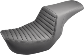 Saddlemen Step-up Tuck and Roll Seat
