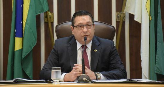 Presidente da Assembleia quebra o silêncio e fala sobre investigações