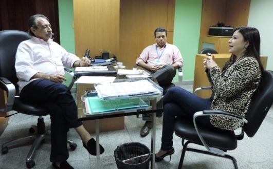 José Adécio recebe em seu gabinete a prefeita Ceiça Lisboa e o ex-prefeito Etevaldo