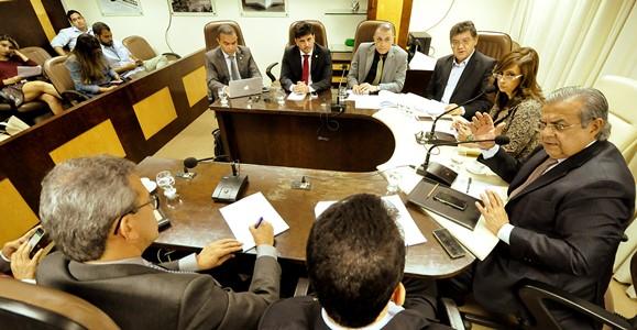 Secretário de Desenvolvimento, Flávio Azevedo na CCJ