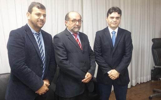 Pré-candidato a vereador Nildo, vereador Adão Eridan e empresário Bira Marques