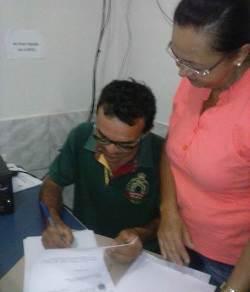 Vereador assina carta-renúncia