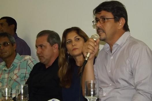 Secretário da Semahr fala aos prefeitos e demais convidados