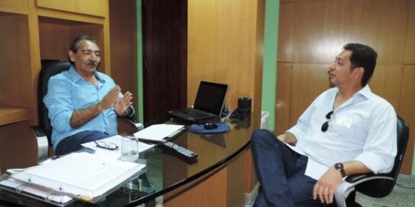 Deputado José Adécio recebe o pré-candidato a prefeito de São Paulo do Potengi, Dr. Ivan