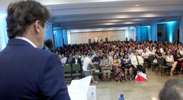Governador fala no Congresso Nacional de artesanato