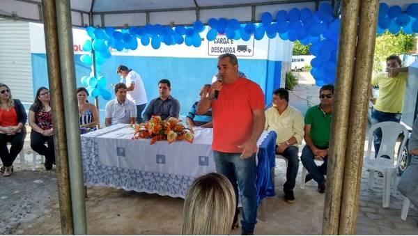 Vereador Holderlin discursas nas solenidades de inauguração das CAF e UBS da Cohab