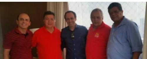 Vice-governador Fábio com lideranças políticas de Macau