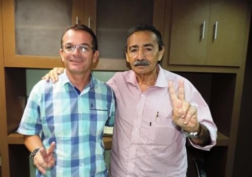 O Deputado José Adécio garante o seu apoio ao pré-candidato a vereador 'Berg da farmácia'