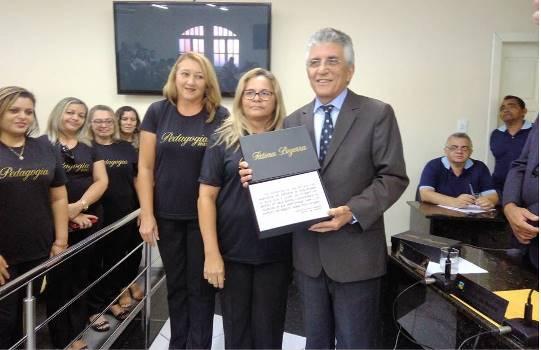 Vereador Aldo recebe homenagem dos Formandos da UNITINS