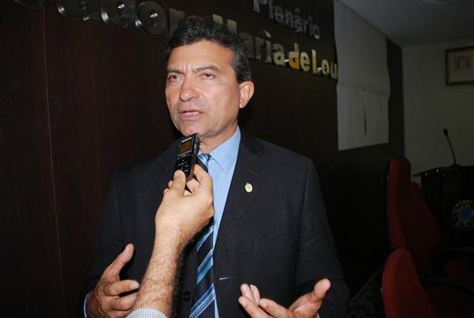 Prefeito Jackson Bezerra comemora aniversário nesta sexta-feira