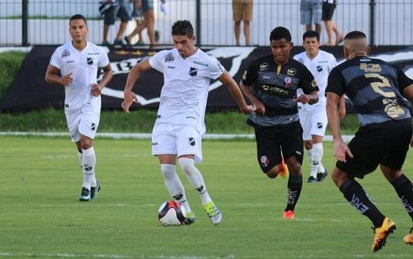 ABC venceu o Santinha por 4 a 1 no Frasqueirão (Foto: Andrei Torres)