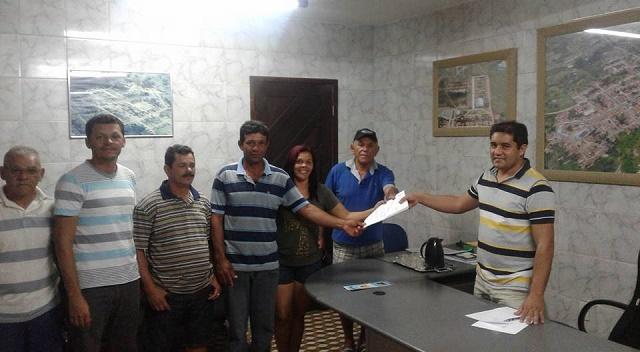 Prefeito Júnior recebe efetivo da Guarda Municipal