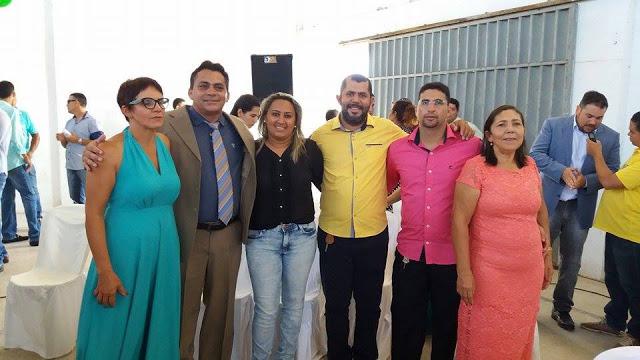 Presidente da Câmara Profª Bel e vereadores Diassis, Priscila, Flavio (vice prefeito), Felipe França e Tetê.