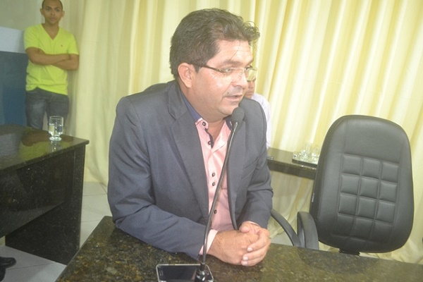 Vereador Armstrong Bezerra (DEM) (Foto: Marco Montoril)