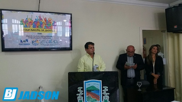 Prefeito Maurício Caetano abre 1º Fórum Municipal da Juventude
