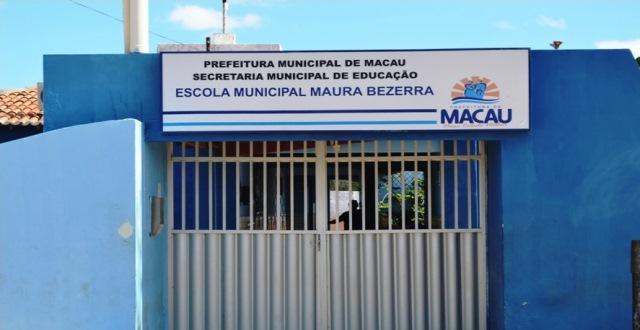 MAURA BEZERRA
