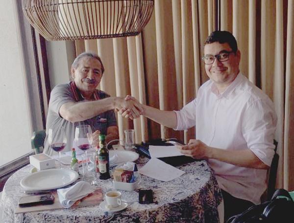 Resultado de imagem para Ricardo Brito declara apoio ao projeto político de José Adécio