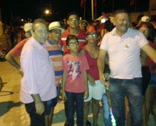 Resultado de imagem para José Adécio participa de comício em prol de Flavinho de Chico Sabiá