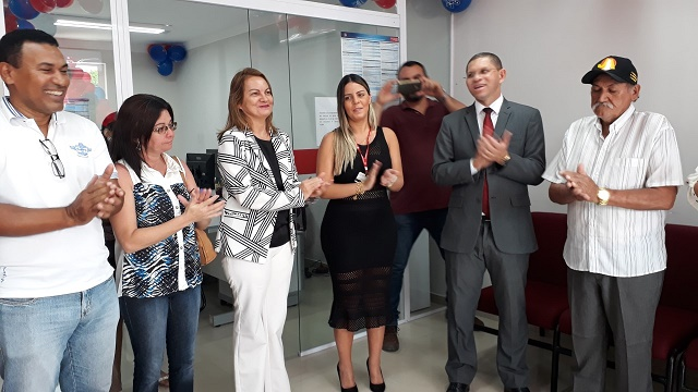 Resultado de imagem para Prefeita Neide Suely participa da inauguração do Banco do Bradesco em Pedro Avelino