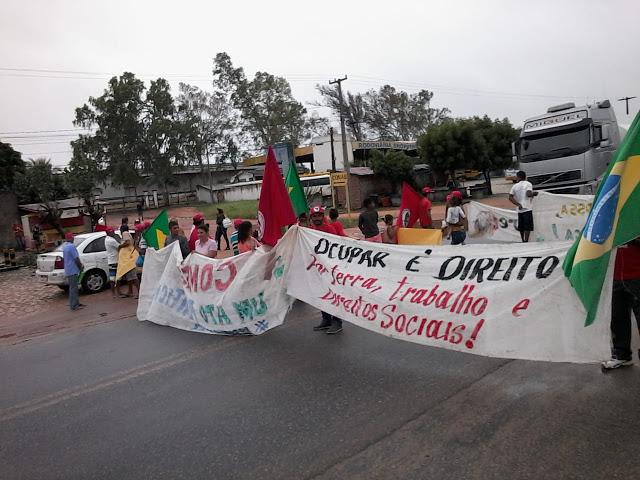 """Resultado de imagem para João Câmara: Sexta feira marcada por ocupação do """"MST"""" na Prefeitura e fechamento da BR 406"""