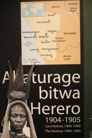 Homenaje al genocidio de los Herero y los Nama en el Museo del Genocidio Rwandés en Kigali, Rwanda
