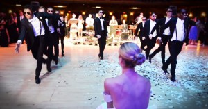 ¿Y si no todas queremos ver al novio y sus amigos bailar una coreografía?