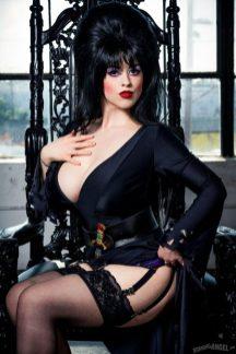 Elvira_Cosplay_03