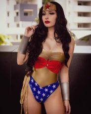 Cosplay Wonder Woman 01