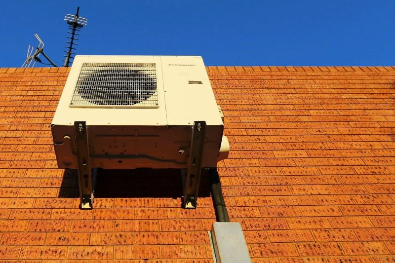 aparat de aer conditionat montaj pe perete
