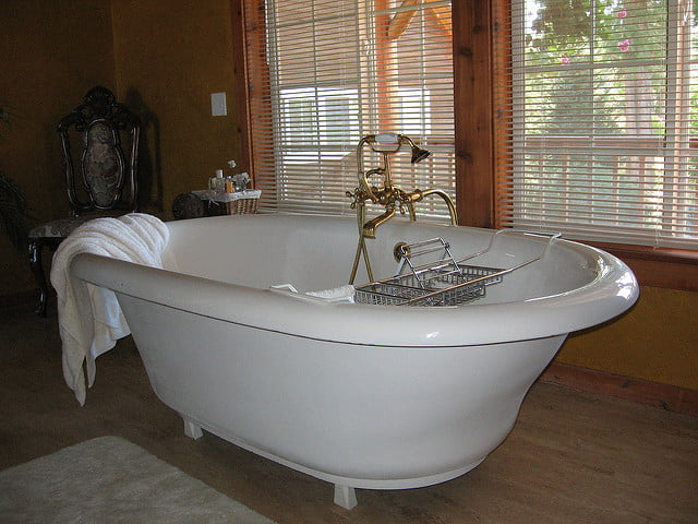 cada de baie foarte frumoasa