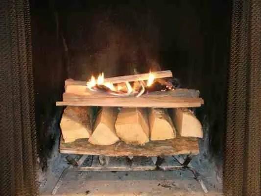 ardere in soba pe lemne de sus in jos - ardere tip lumanare