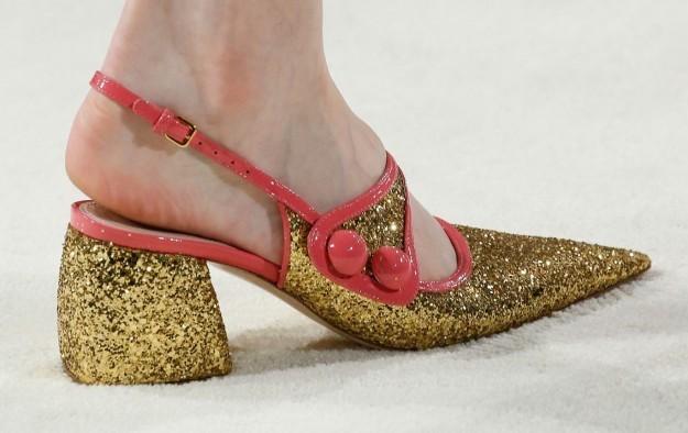 zapatos-glitter-oro-miu-miu
