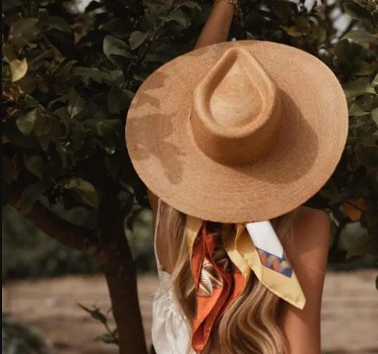 como combinar sombrero