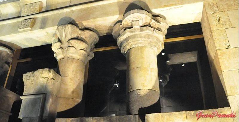 Columnas del templo de Debod en Madrid