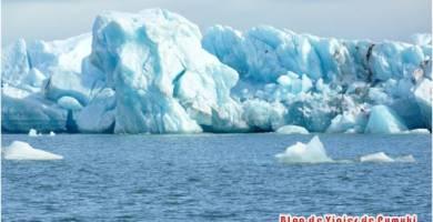 Icebergs en Lago Glaciar, Jokusarlon, Islandia