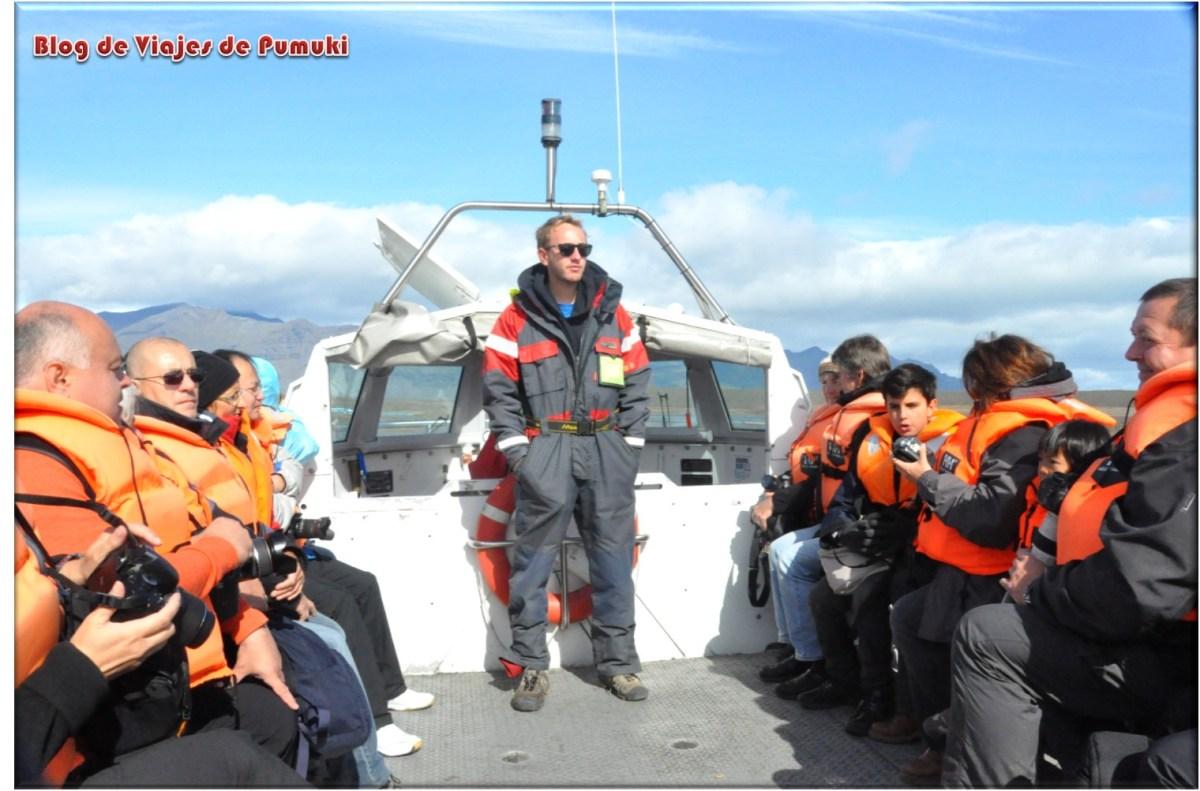 A bordo de un coche anfibio en Islandia